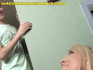 seeing moms black facial
