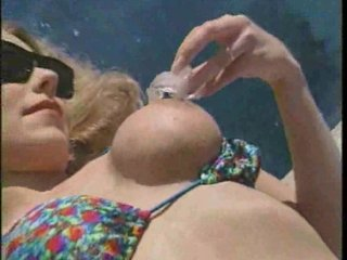 bleached lady ripped by the pool