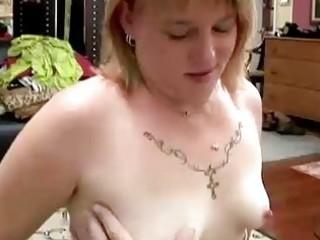 beautiful fat mature babe gives a super fellatio