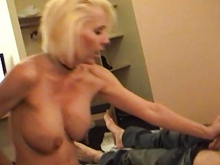 desperate blond momma into narrow and stockings