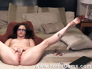 allies lady caught masterbating on homecams.com