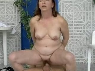 moms yellow hairypussy pounded