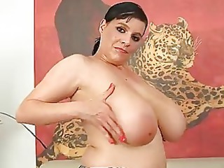 grown-up laurella pushing dildo with her large