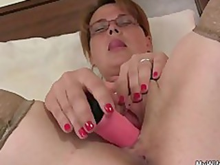 he finds her pushing plastic cock and offers his