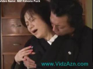 japanese milf into kimono