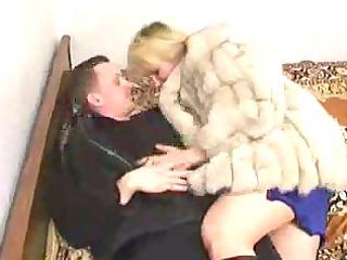russian teenager banging a cougar inside fur
