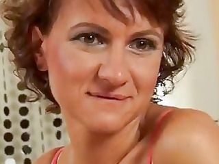 mature chelsea dildoing