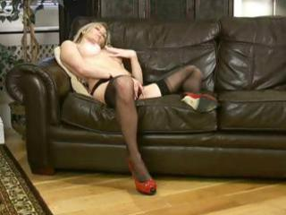 awesome bleached lady scarlet in pantyhose is