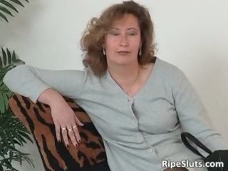 older whore inside stockings use big sex toy part3