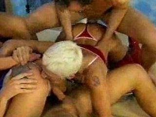 tough cougar group fuck