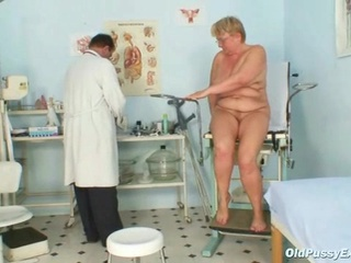fat grown-up radka obtains pure speculum exam by