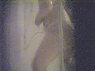 mature babe pushing dildo into bath ! hidden cam