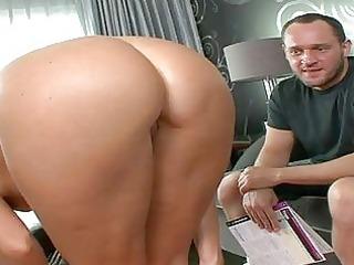older babe gives wild oral sex