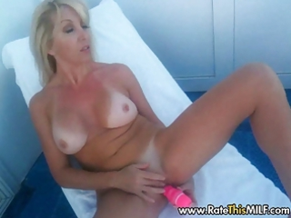 desperate blond milf on cruise yacht posing