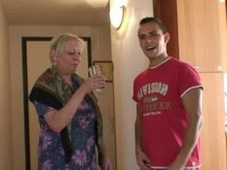 granny elderly is banged by an young pickuper
