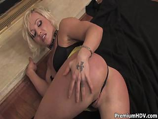 albino mom enjoying and striping
