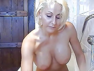 bootylicious horny blond momma likes with herself