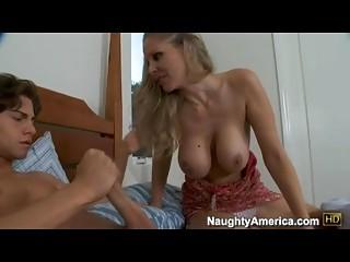 bitchy wonderful momma julia anastasia