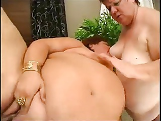2 chubby matures licking and gangbanging