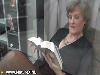 cougar maiden inside hot black stockings part4