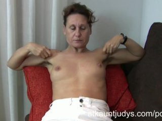 47year elderly timid milf inge spreads her feet