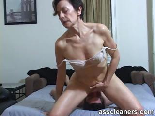 desperate lady facesits a slave for ass tasting