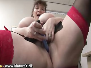 slutty heavy grown-up chick bangs