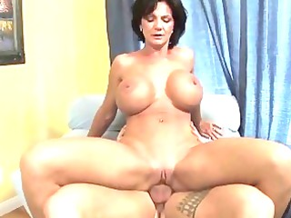 desperate babe shags with her inexperienced busty