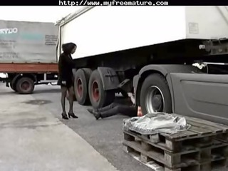 ebony hottie