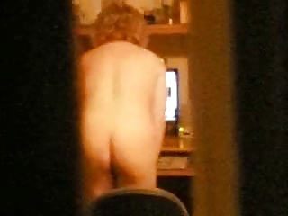 awesome ! caught my mum having pleasure on web cam