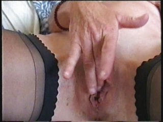watch my sweet mum fisting her pussy. stolen