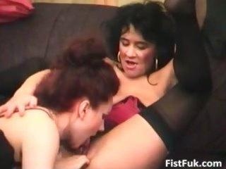 two older lesbian sluts satisfying every part1