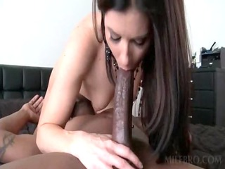 awsome babe piercing black penis
