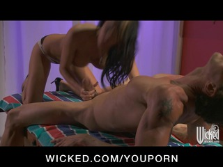 big tit celebrity alektra green give cock massage