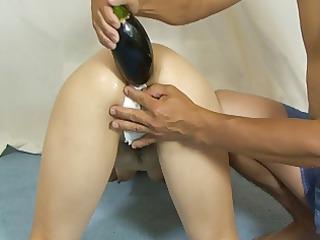 elmer woman footanal insertion!