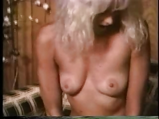 blond retro mature babe taken from behind