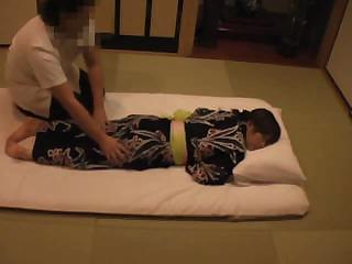 the young wife's massage inside the japanese