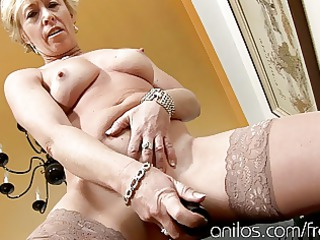 grown-up woman gangbangs vibrating sextoy