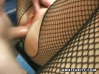 amateur lady arse with creampie