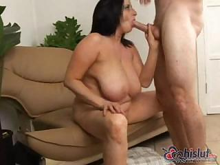 giant naughty cave lee is a mature lady who
