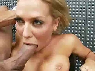 stacked albino woman is a dick sucking hottie