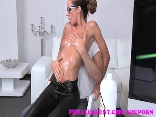 femaleagent belle takes all oiled up by massuse