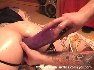 fisting my wifes arse and stretching her holes