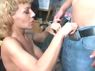 sammie sparks mature lady