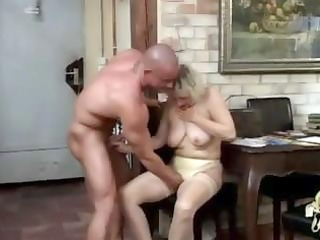 pantyhose granny copulates
