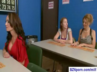 05-busty mommy bang