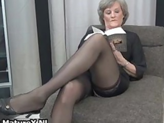 grown-up lady into sexy brown nylons part5