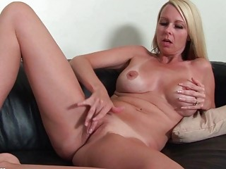 desperate mature chick going naked and dildoing