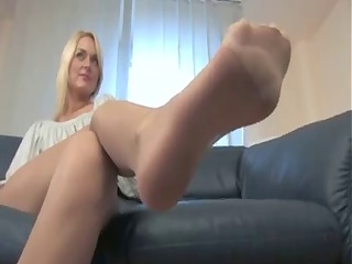 awesome blonde nylonfeet