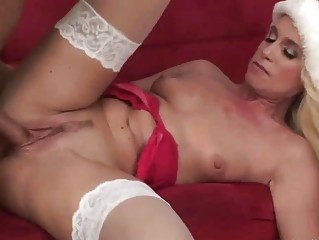 beautiful milf shags in awesome christmas lingerie